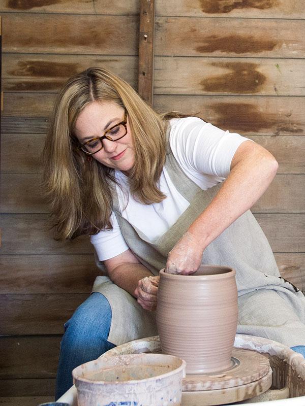custom artisan pottery and ceramics